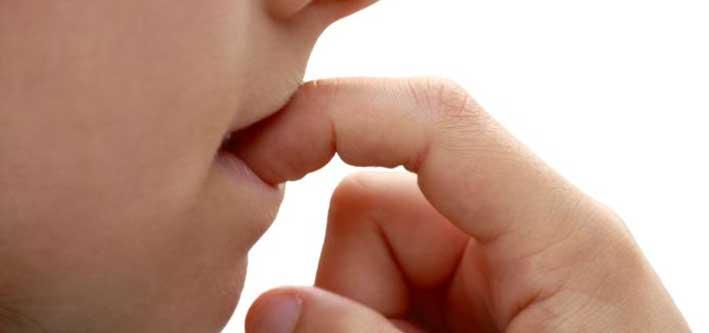morderse las uñas problemas